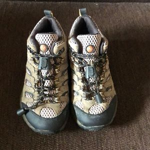 Kids Merrell Shoes Hiking Boots Size 10